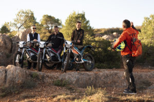 balade quad trotinette moto electique groupe cohesion entreprise capestang languedoc herault